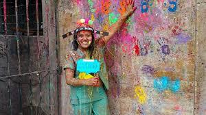 """Sus padres pagaron su educación vendiendo dulces en la Puna, ella se recibió de médica con un sueño: """"Volver a los cerros para atender a mi gente"""""""