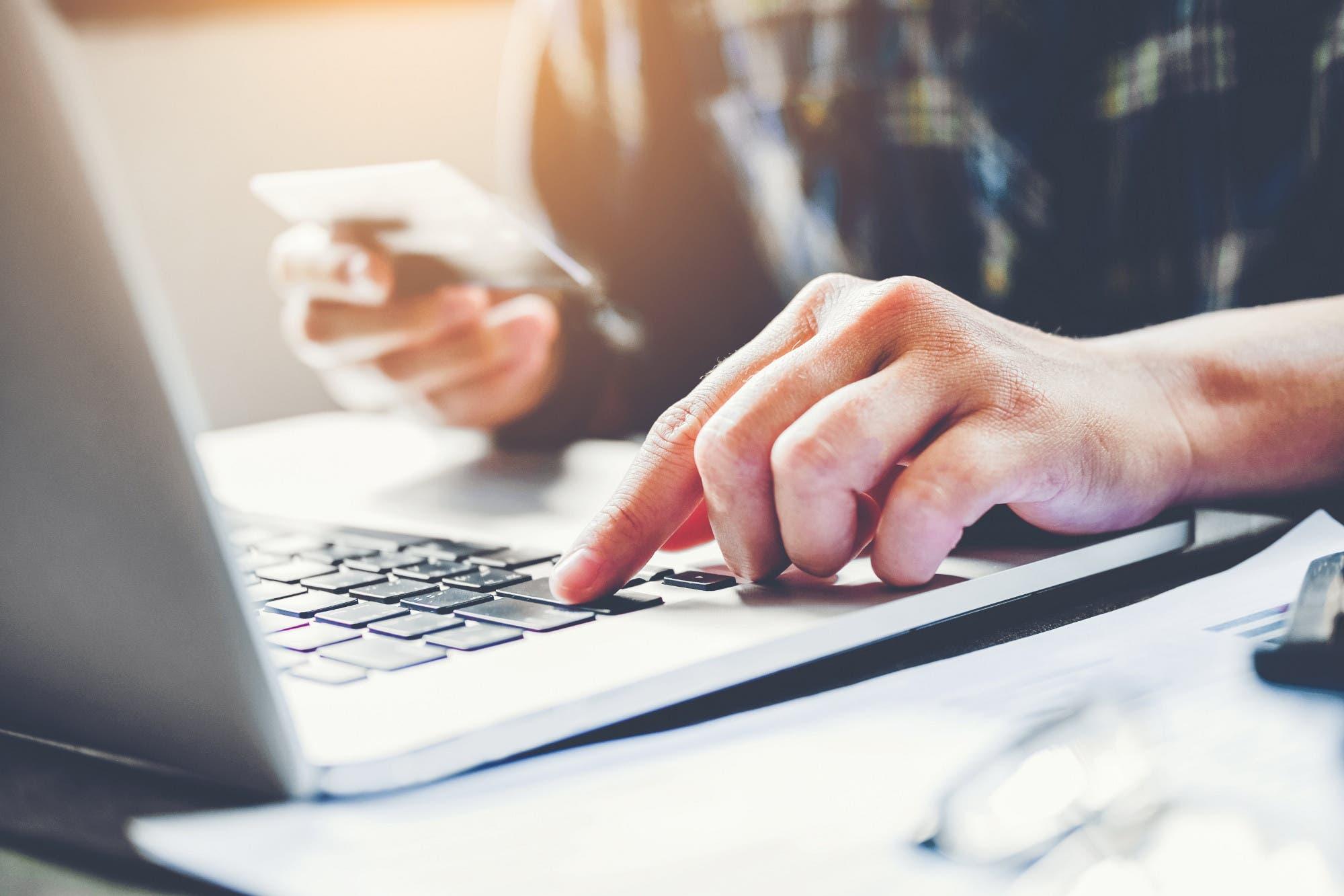 Líder de E-Commerce con Mercado Libre